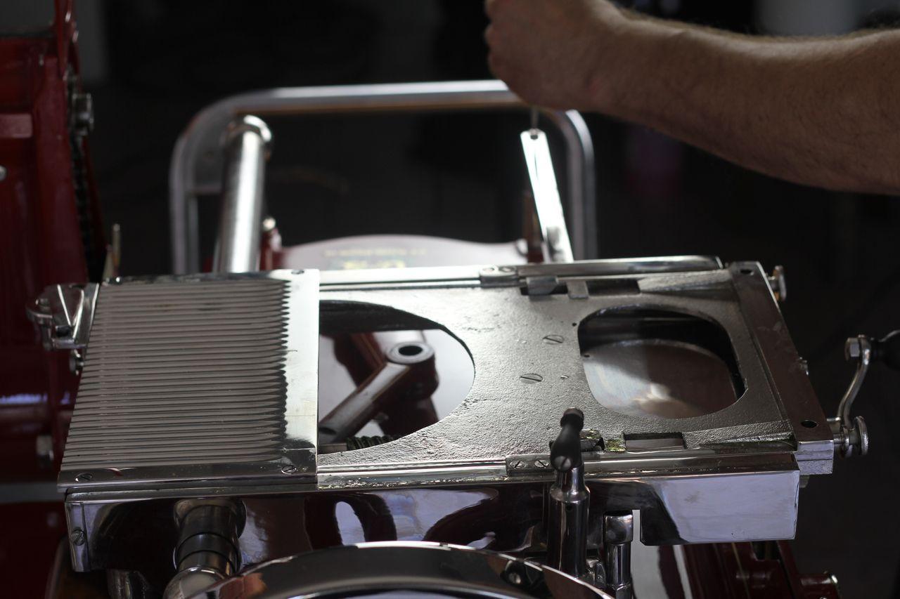 restauro18 Lavoro nei dettagli  Affettatrici Berkel