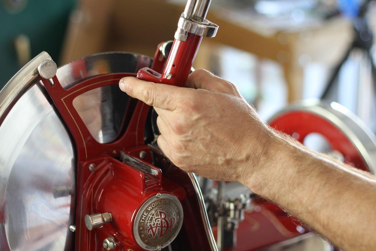 restauro22 Lavoro nei dettagli  Affettatrici Berkel