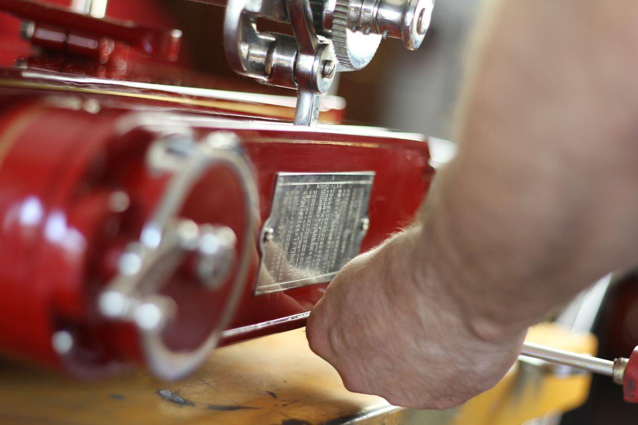restauro6 Lavoro nei dettagli  Affettatrici Berkel