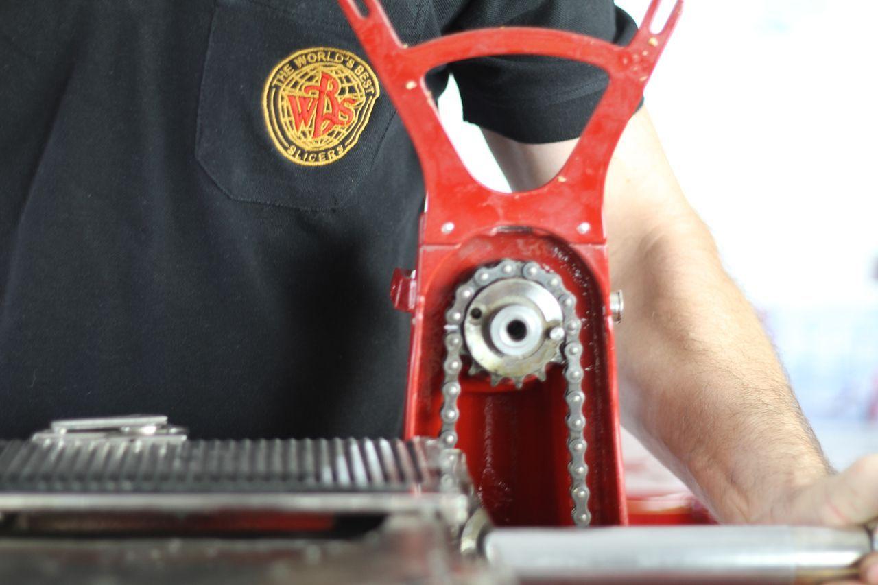 restauro7 Lavoro nei dettagli  Affettatrici Berkel
